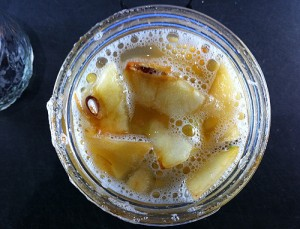 apple_cider_vinegar_bubbles-300x229
